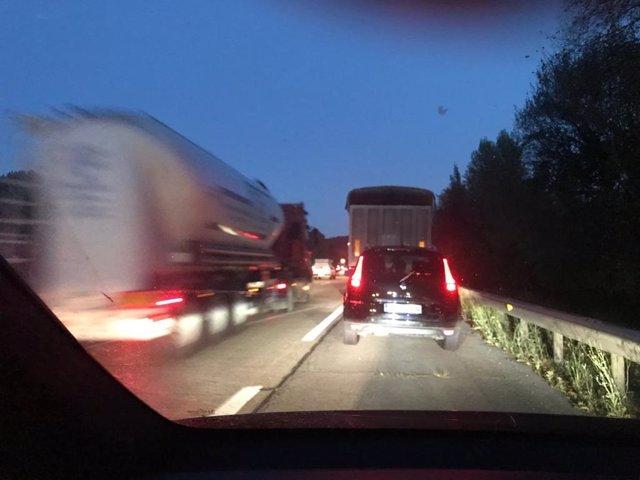 Tráfico en la autovía A-8