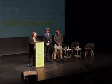 Colau assenyala el municipalisme, el feminisme i la tecnologia com les claus del futur democràtic (Europa Press)