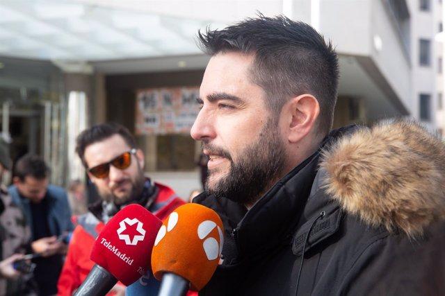 El cómico y presentador Dani Mateo declara como investigado por sonarse la nariz