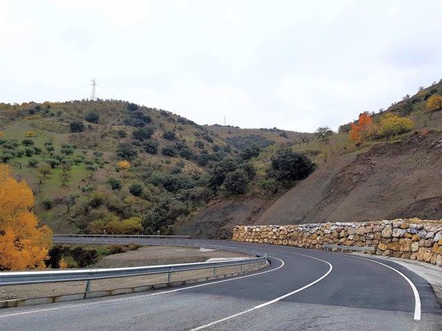 Carretera entre Torvizcón y Cádiar