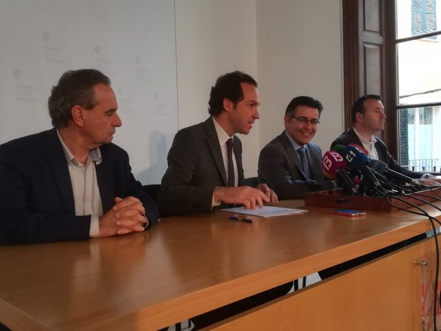 Marc Pons tras reunirse con el presidente de Aviba