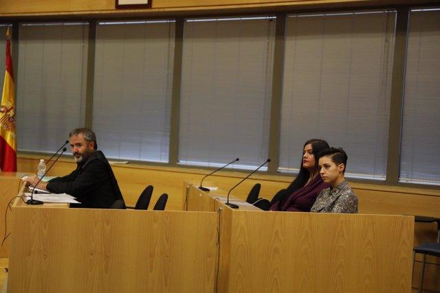 Juicio oral contra las activistas de Femen que asaltaron la Catedral de la Almud