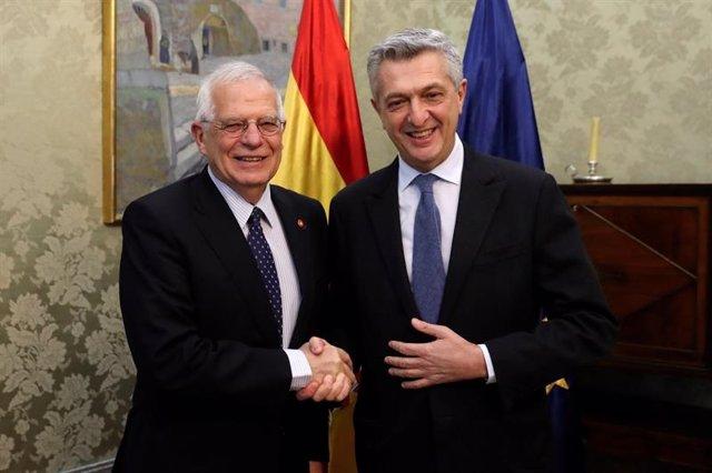 Josep Borrell y Filippo Grandi