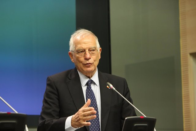 Reunión de Josep Borrell con el  ministro de Asuntos Exteriores de la República