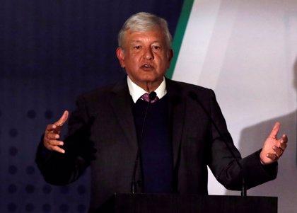 López Obrador pierde nueve puntos de apoyo en tres meses