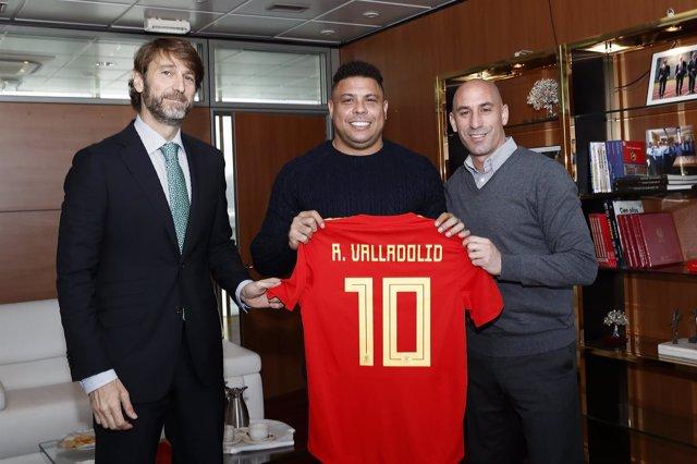 Carlos Suárez, Ronaldo y Luis Rubiales
