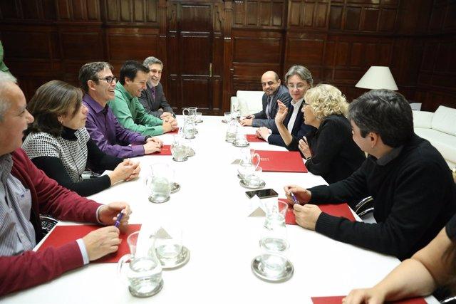Acto de la firma del nuevo convenio colectivo entre Ayuntamiento y sindicatos