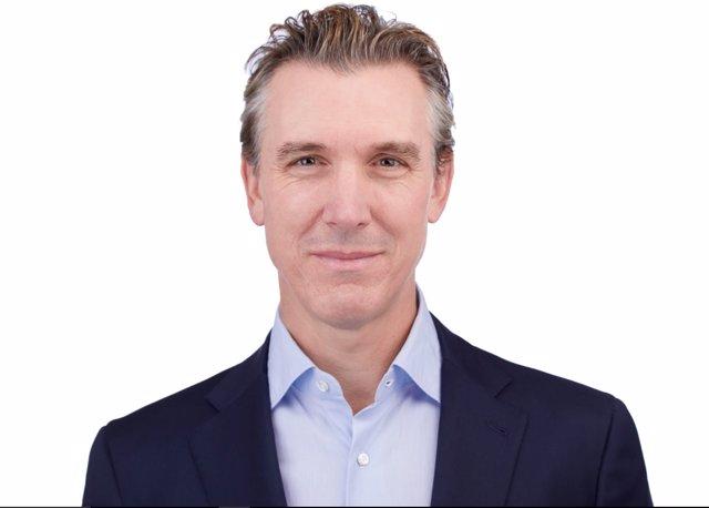 Dave Stephenson, nuevo director financiero global de Airbnb