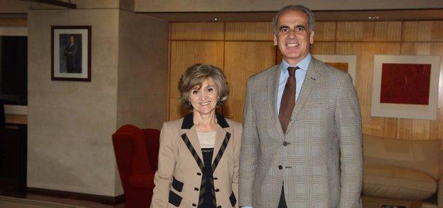 María Luisa Carcedo con el consejero de Sanidad de Madrid, Enrique Ruiz Escudero