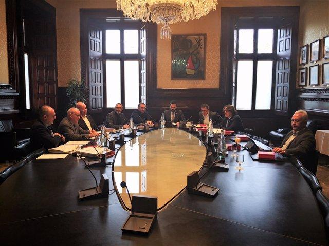 Mesa del Parlament de Catalunya