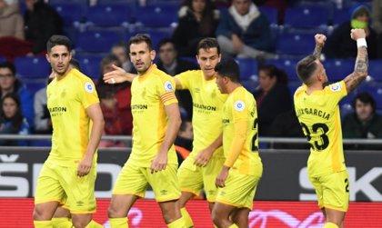 Stuani asalta la cabeza de la tabla de goleadores y supera a Messi y Suárez