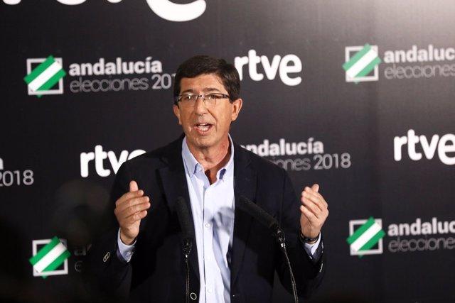Juan Marín (Cs) atiende a los medios tras el debate a cuatro en RTVE