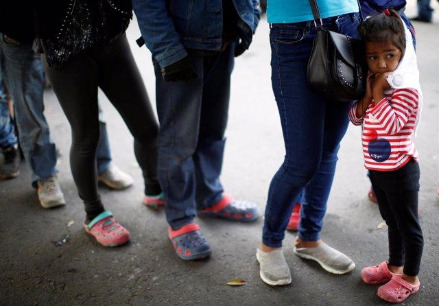 Una niña de la Caravana Migrante en Tijuana