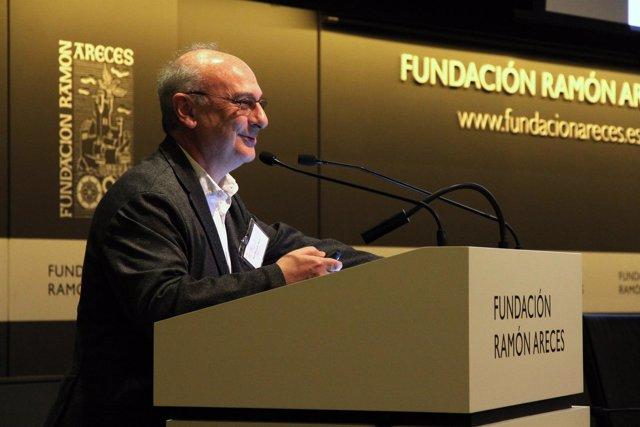 El científico Francisco Mojica en Fundación Ramón Areces