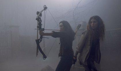 The Walking Dead: Alpha y Beta, líderes de Los Susurradores, aparecen en el tráiler del regreso de la 9ª temporada