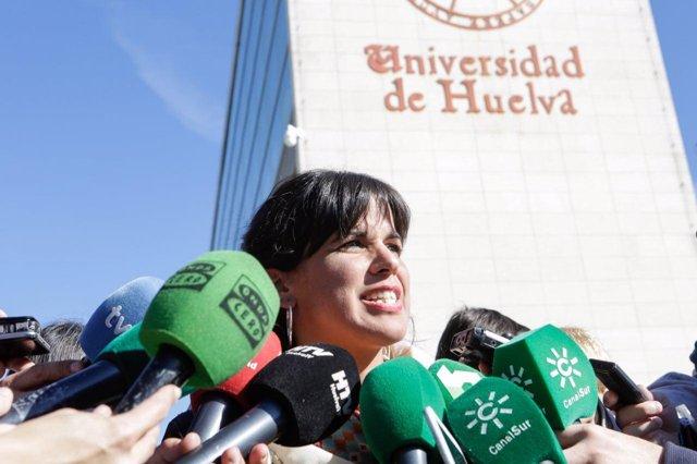 Teresa Rodríguez, en un acto de campaña en la Universidad de Huelva