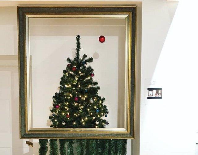Árbol de Navidad inspirado en Banksy