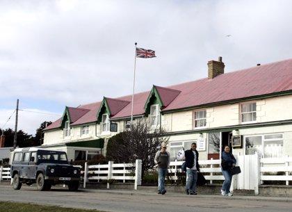 Argentina acuerda con Reino Unido vuelos a las Malvinas desde Brasil