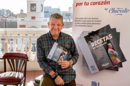 Chicote publica su primer libro de recetas cardiosaludables para personas con diabetes