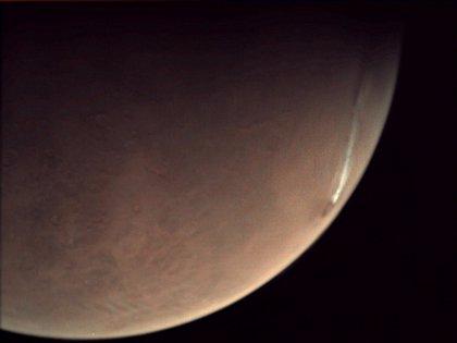 La gran nube junto a un volcán marciano se vuelve persistente