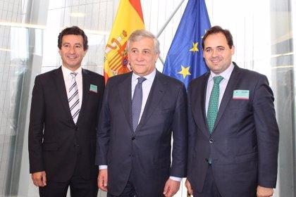 """Núñez espera que Page """"no aplauda"""" la negociación de la PAC que hace el Gobierno central"""