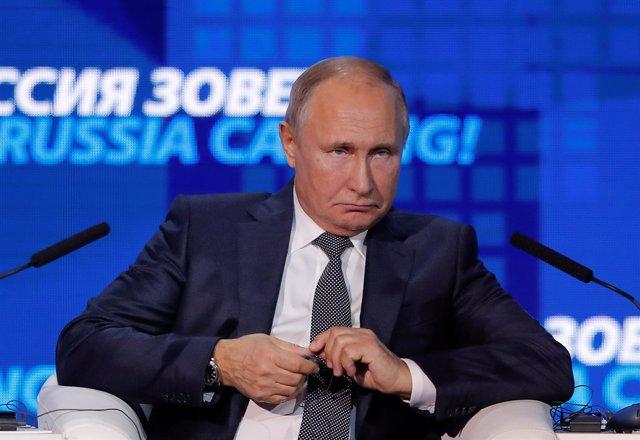 Putin en un foro de inversión en Moscú