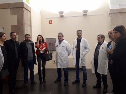 Líderes de Médicos de Cataluña se reúnen con representantes del Parlament