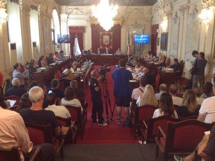 """La movilidad al PTA y los """"conflictos inconclusos"""" de Málaga, centran el pleno del Ayuntamiento"""