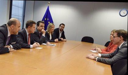 C-LM reclama a la Comisión Europea recursos y fondos comunitarios contra la despoblación