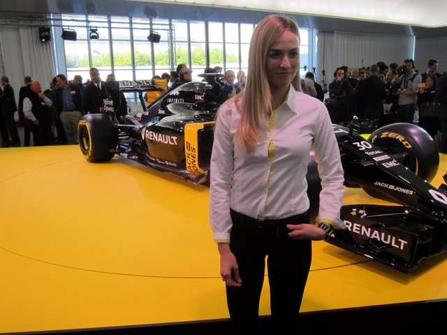Carmen Jordá en la presentación de Renault