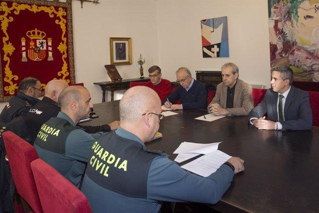 Reunión Zuloaga y De la Sierra con mandos de la Guardia Civil y la Policía