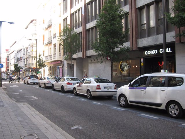 Valladolid.- Parada de taxi en Valladolid