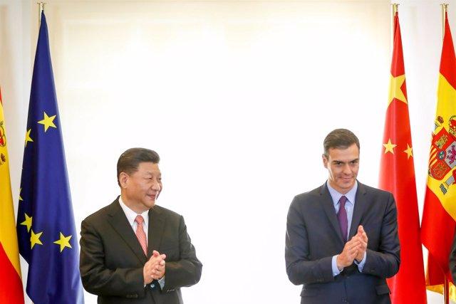 España y China firman una serie de acuerdos económicos y culturales durante la v