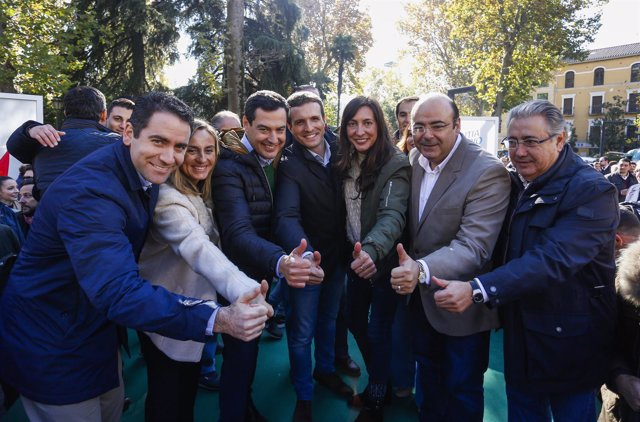 En Granada, el presidente del PP-A y candidato a la Presidencia de la Junta, Ju