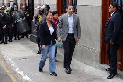 La Justicia peruana impide al marido de Keiko Fujimori salir del país