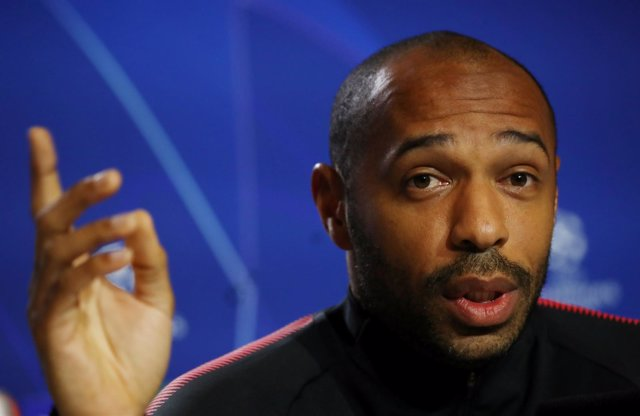 Thierry Henry en rueda de prensa