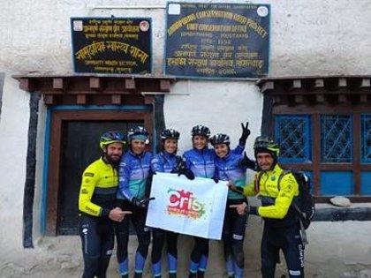 La Fundación CRIS Contra El Cáncer llega al Himalaya gracias al 'Reto Pelayo Vida 2018'