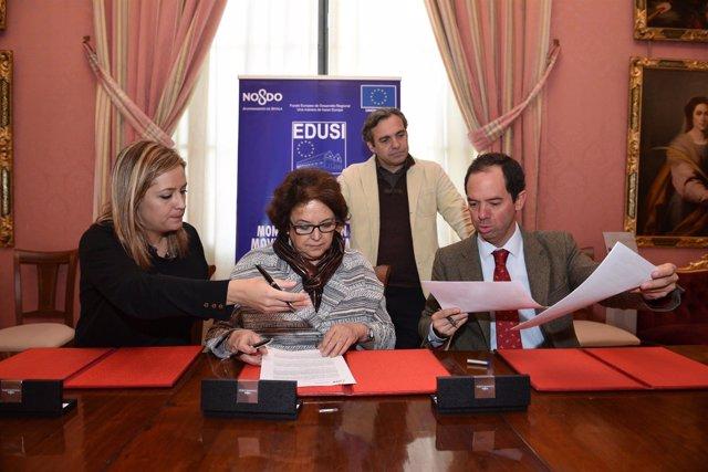 Firma del contrato convenio