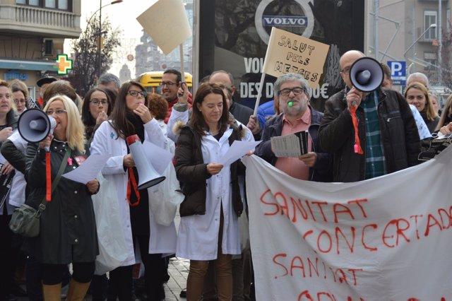 Concentración de Metges de Catalunya en Lleida