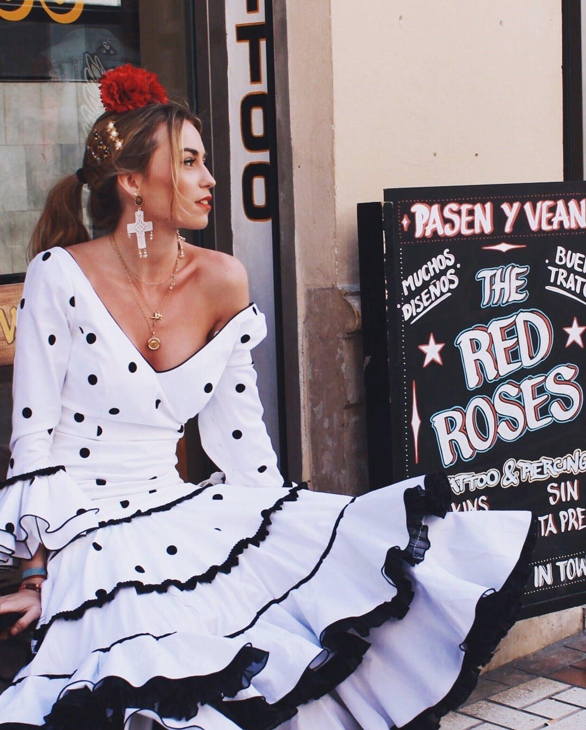 2d45253a29b58 La firma de moda flamenca Maricruz   Montecarlo celebra su 60 aniversario  reafirmándose en la pureza del traje