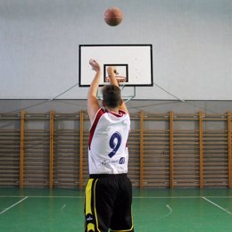 Jugador de baloncesto de la UGR