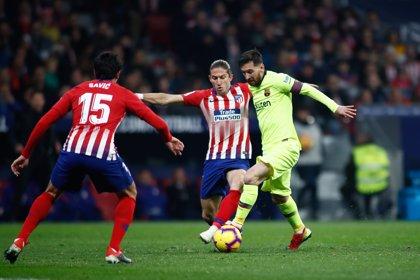 Filipe Luis sufre un edema muscular y es duda para la visita a Girona