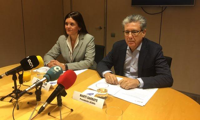 Catiana Tur i Martí Sarrate d'Acave en roda de premsa