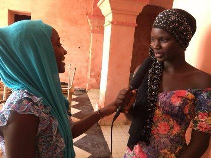 El poder de las ondas: Cómo puede ayudar la radio en una comunidad rural de Senegal