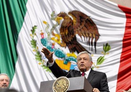 López Obrador firma su primer acuerdo como presidente de México orientado a atender la migración centroamericana