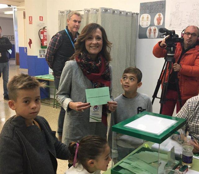 Votación de Maribel Lozano (PP) en las elecciones andaluzas
