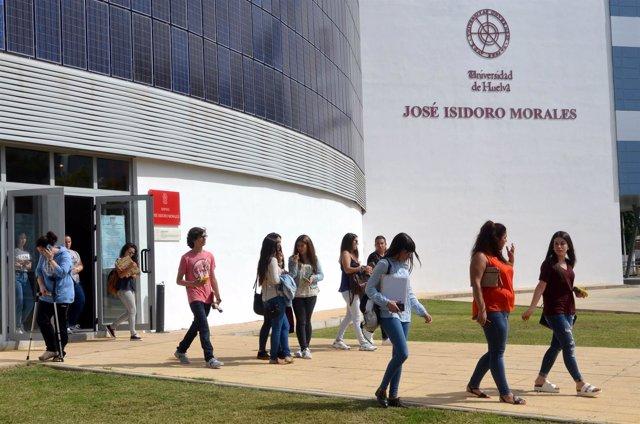 Estudiantes en la Universidad de Huelva