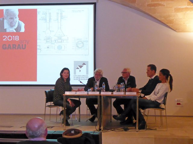 Conferencia colegio de arquitectos