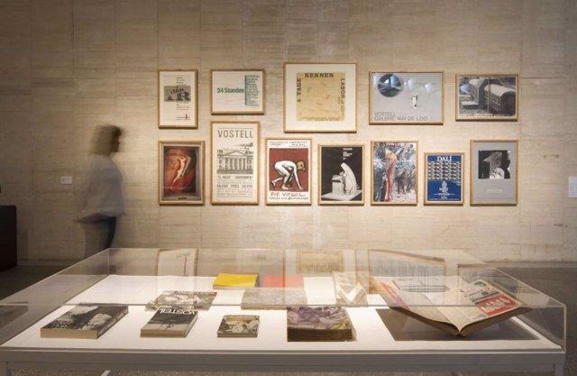Piezas de la exposición sobre Vostell en el MUSAC