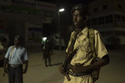 Un muerto y dos heridos en un atentado suicida en Mogadiscio, Somalia